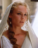 Gilt als eine der schönsten Frauen der Welt: Königin Helena (Diane Kruger) aus Sparta. Als sie mit Paris aus Menelaos' Palast verschwindet, ist ihr Schicksal bereits besiegelt ...