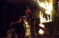 Nach zehn Jahren, tausenden Toten und einem Pferdetrick gelingt es König Agamemnon (Brian Cox) endlich, dass als uneinnehmbar geltende Troja zu besiegen und vernichten ...