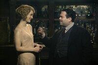 Queenie Goldstein (Alison Sudol, l.); Jacob Kowalski (Dan Fogler, r.)