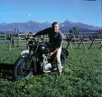 Auf der Flucht: Captain Virgil Hilts (Steve McQueen) ...