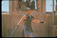 Ein großer Feldherr, der als Sklave nicht aufgab, und als Gladiator nach Rom zurückkehrte: Maximus (Russell Crowe).