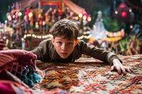 Waisenjunge Peter Pan (Levi Miller) trägt ein besonderes Geheimnis mit sich, doch wird ihm dieses auf seinem fantastischen Abenteuer zum Verhängnis?