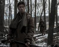 Wird sich der junge Trapper Bridger (Will Poulter) von seinem Kollegen, einem ehemaligen Soldaten, zu einer grausamen Tat überreden lassen?