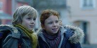 Ben (Noah Kraus) und Charlotte (Mercedes Jadea Diaz) werden Freunde, die fest zusammenhalten.