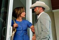 Zu spät, um jetzt noch auszusteigen: Leslie (Jennifer Lopez, l.) will von Parkers (Jason Statham, r.) Raubplänen nichts wissen ...