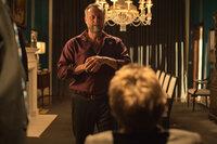 Obwohl Gangsterboss Viggo Tarasof (Michael Nyqvist) einen Haufen Auftragskiller rekrutiert, gelingt es ihm nicht, die rächende Killermaschine John Wick zu stoppen, die es auf seinen Sohn abgesehen hat ...
