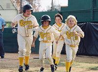 Sie haben nur ein einziges Ziel vor Augen: die Junioren-Meisterschaft im Baseball zu gewinnen! Eigentlich ein realistisches Ziel, wäre da nicht die Tatsache, dass keiner der Jungs auch nur annähernd eine Ahnung von Baseball hat!