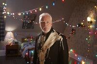 Für Verbrecher-Boss Sinclair (Malcolm McDowell) verläuft der Einbruch nicht so, wie gedacht ...