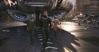 (v.l.n.r.) Nakia (Lupita Nyong'o); T'Challa / Black Panther (Chadwick Boseman); Okoye (Danai Gurira)