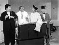 Oliver Hardy, Billy Gilbert, Patricia Ellis, Stan Laurel.