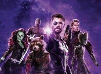 Zoe Saldana (Gamora), Dave Bautista (Drax), Rocket, Chris Hemsworth (Thor), Chris Pratt (Peter Quill / Star-Lord), Groot.