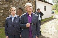 Kati (Diana Amft) und Killmer (Uwe Ochsenknecht) wurden an einen Tatort gerufen, an dem sie tatsächlich eine Leiche finden. Allerdings eine andere als die von Kati (Diana Amft) angekündigte.