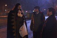 (v.l.n.r.) Nandor (Kayvan Novak), Colin Robinson (Mark Proksch), Guillermo (Harvey Guillén)