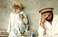 Dilawars Vater Asaldin (l.) und der älteste Bruder Shapoor.