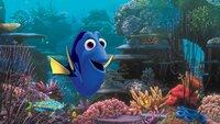 """""""Findet Dorie"""", Die ultra-vergessliche Dorie, die Doktorfisch-Freundin von Nemo und Marlin, hat plötzlich bruchstückhafte Erinnerungen an ihre Kindheit. Auf der Suche nach ihren Eltern verfolgt sie mit den beiden Clownfischen die Spuren bis nach Kalifornien, wo sie unbekümmert in das Meeresbiologische Institut schwimmt. Während Nemo und Marlin verzweifelt eine Rettungsaktion starten, findet Dorie dort viele neue Freunde wie den siebenarmigen Oktopus Hank.  SENDUNG: ORF eins - SA - 26.12.2020 - 13:25 UHR. - Veroeffentlichung fuer Pressezwecke honorarfrei ausschliesslich im Zusammenhang mit oben genannter Sendung oder Veranstaltung des ORF bei Urhebernennung."""