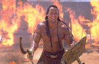 Ein wilder Krieger namens Scorpion King (Dwayne Johnson) wurde wiedererweckt, um einen Generalangriff auf die zivilisierte Welt zu planen. Nur einer kann ihn besiegen: der rachsüchtige Imhotep ...