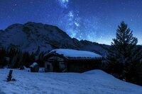 Winterlandschaft bei Nacht