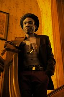 Verdreht mit einer ganz besonderen Show den Frauen den Kopf: Andre (Donald Glover) ...