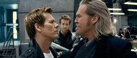 (v.l.n.r.) Hayes (Kevin Bacon); Nick (Ryan Reynolds); Roy (Jeff Bridges)