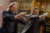 Roy Pulsifer (Jeff Bridges, l.) and Nick Walker (Ryan Reynolds, r.)