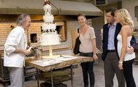 Noch ist Jane (Katherine Heigl, 2.v.l.) überzeugt davon, dass sie eine perfekte Hochzeit für ihre kleine Schwester Tess (Malin Akerman, r.) und ihre heimliche Liebe George (Edward Burns, M.) organisieren will - doch wird sie das auch durchziehen?