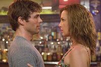 Knistert es da etwa? Kevin (James Marsden, l.) und Jane (Katherine Heigl, r.)
