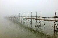 Im Norden Myanmars, dem einstigen Burma, entsteht jedes Jahr aufs Neue eine der längsten Bambusbrücken der Welt.