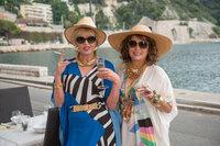 Patsy (Joanna Lumley, l.); Edina (Jennifer Saunders, r.)