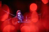 Nico (Trine Dyrholm) bei einem Auftritt während ihrer letzten Konzertreise