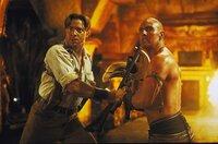 Gut gegen Böse: Chris (Brendan Fraser, l.) und Imhotep (Arnold Vosloo, r.) ...