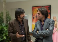 L-R: Zak Yankovich (Ray Romano) and Richie Finestra (Bobby Cannavale)
