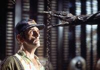 Im Visier eines Aliens: Brett (Harry Dean Stanton) ...