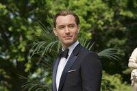 Jude Law als Bradley Fine