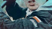 Prügel, Drohungen, Hetzjagden – in den Nachwendejahren bricht in Ostdeutschland Hass, Rassismus und Gewalt auf; besonders unter Jugendlichen. An vielen Orten gehören Straßen und Plätze der rechten Szene. Sechs Kurz-Filme auf Spurensuche zwischen Umbruch und Gewalt in den 90er Jahren.