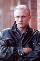 Sergeant Botha (Daniel Craig)