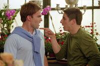 Von seinem Freund Stifler (Seann William Scott, l.) will sich Jim (Jason Biggs, r.) nicht den schönsten Tag seines Lebens versauen lassen ...