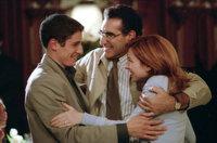 Jim's (Jason Biggs, l.) Eltern (Eugene Levy, M. und Molly Cheek, r.) sind unglaublich stolz auf ihren Sohn, der sein Leben nun endlich im Griff zu haben scheint ...