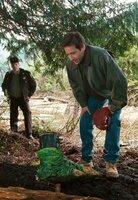 Sheriff Lance Hindt (Chris Ellis, l.); Fox Mulder (David Duchovny, r.)