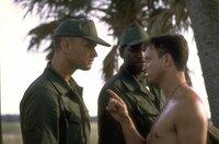 (v.l.n.r.) Forrest Gump (Tom Hanks); Bubba Blue (Mykelti Williamson); Lieutenant Dan Taylor (Gary Sinise)