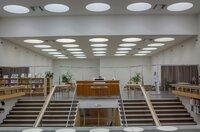 In den 1930er Jahren entwarf der finnische Architekt Alvar Aalto eine Bibliothek in Vyborg, Russland, die heute seinen Namen trägt.