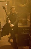 In seinem Amt kämpft Präsident Abraham Lincoln (Benjamin Walker) für sein Land, doch nebenbei bekämpft er heimlich Vampire, die offenbar Böses im Schilde führen ...