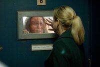 Endlich erkennt Emily (Renée Zellweger, r.), dass Margaret Sullivan (Kerry O'Malley, l.) gute Gründe hatte, ihre Tochter im Backofen zu verbrennen. Doch unglücklicherweise viel zu spät ...