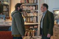Als Damien (Pio Marmaï, li.) seinem Therapeuten Philippe (Frédéric Pierrot, re.) mitteilt, dass die Therapie nicht weiter geführt werden soll, bittet dieser ihn zu einem letzten Gespräch.