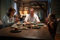 (v.l.n.r.) Rachel (Amy Seimetz); Gage (Hugo Lavoie); Louis (Jason Clarke); Ellie (Jeté Laurence)