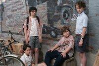 (v.l.n.r.) Eddie Kaspbrak (Jack Dylan Grazer); Richie Tozier (Finn Wolfhard); Ben Hanscom (Jeremy Ray Taylor); Stanley Uris (Wyatt Oleff)