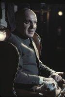 Was hat Ernst Stavro Blofeld (Telly Savalas) wohl geplant?