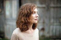 Nathalie (Isabelle Huppert) entscheidet sich, bewusst den Veränderungen in ihrem Leben entgegenzutreten.