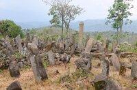 Eine verlassene Megalithanlage im äthiopischen Rift Valley