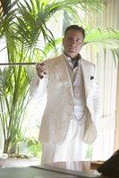 Um die Finanzierung des Plans zu gewährleisten, bittet Danny Ocean Erzfeind Terry Benedict (Andy Garcia) um Hilfe. Dieser verlangt dafür die Verdopplung seiner Investition und vier Diamantenkolliers aus Banks Casino ...