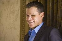 Um sich an Casinobesitzer Bank zu rächen, wollen Ocean und seine Gang (Matt Damon) die Automaten im Casino manipulieren ...